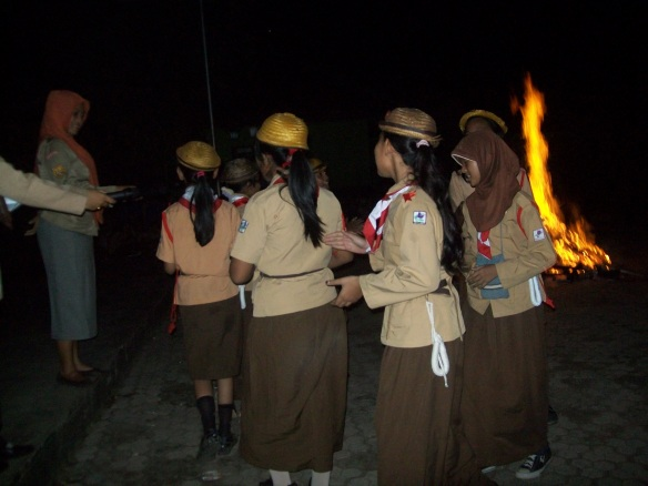 Api Unggun Perkemahan Jum'at-Sabtu 2013